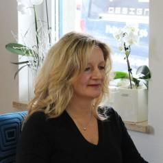 Andrea Perl